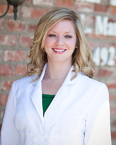Head shot of Molly Marshall Hays, DDS